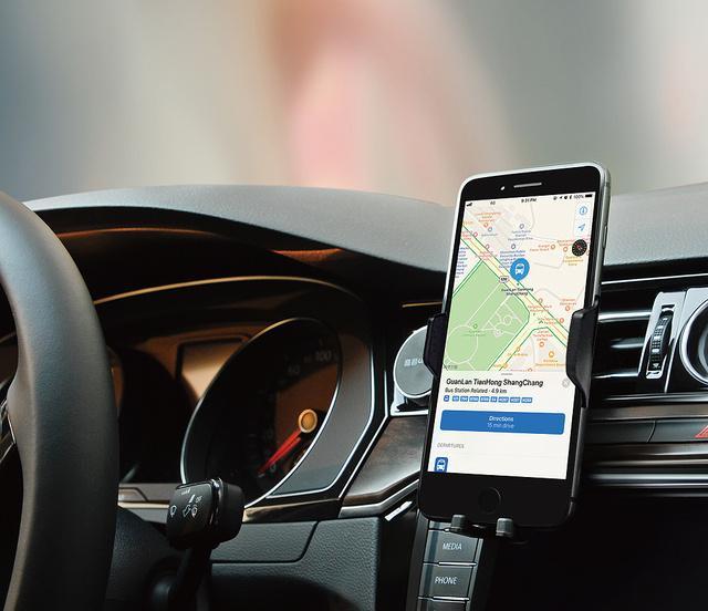 【2020年版】車載ホルダーワイヤレス充電器はこれがおすすめ!レビューを徹底解析!Qi自動開閉式