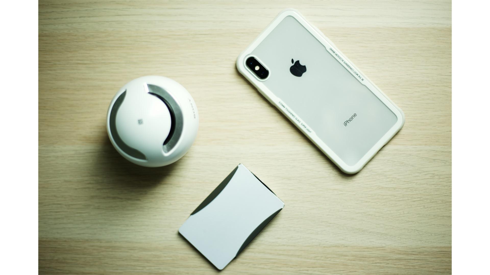 iPhone本体デザイン重要視の人に必見ケース『TemperedCrystal Case』