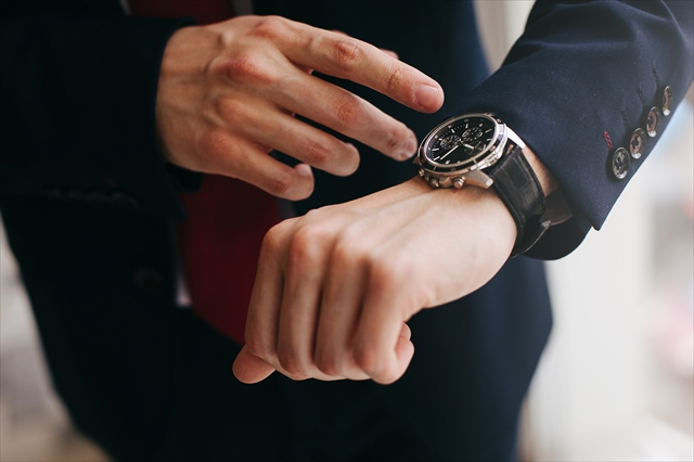 【予算10万】新社会人にオススメするデキる男が付ける腕時計5選