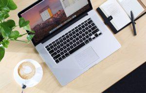 Macbookに革命を!トラックパッドに貼り付けるテンキー「Nums」