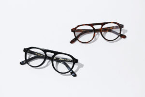 アラサーが掛けるべき上品なメガネはこれ!