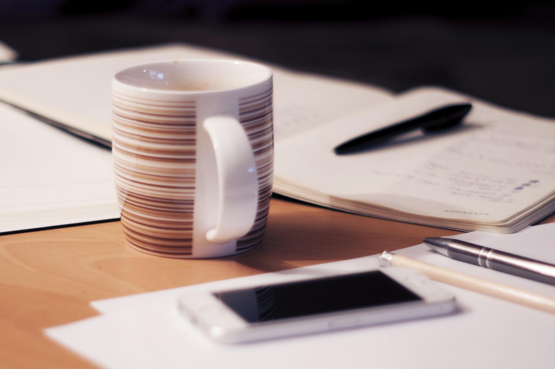 【2020年版】やっぱりアナログの手帳がいい方へ!ビジネスで使えるおすすめの手帳&便利小物を紹介