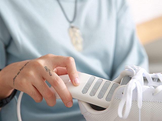 オゾンの力で脱臭、除菌!アイリスオーヤマの脱臭くつ乾燥機は安くてコスパ良い!