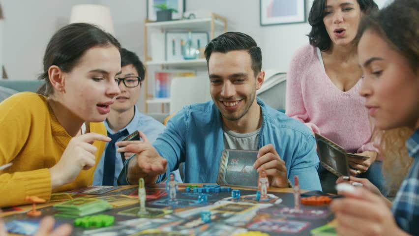 2021年版【年末年始】仲間内や家族で楽しめるおすすめのゲームまとめ!パーティー盛り上がり間違いなし