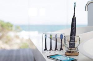 なぜブラウンオーラルBの歯ブラシのほうがよりキレイにみがけるのか? その電動歯ブラシの真相とは?