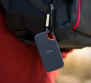 【使用レビュー】SandiskのSSD以外選択肢はない!爆速転送で持ち運びも便利