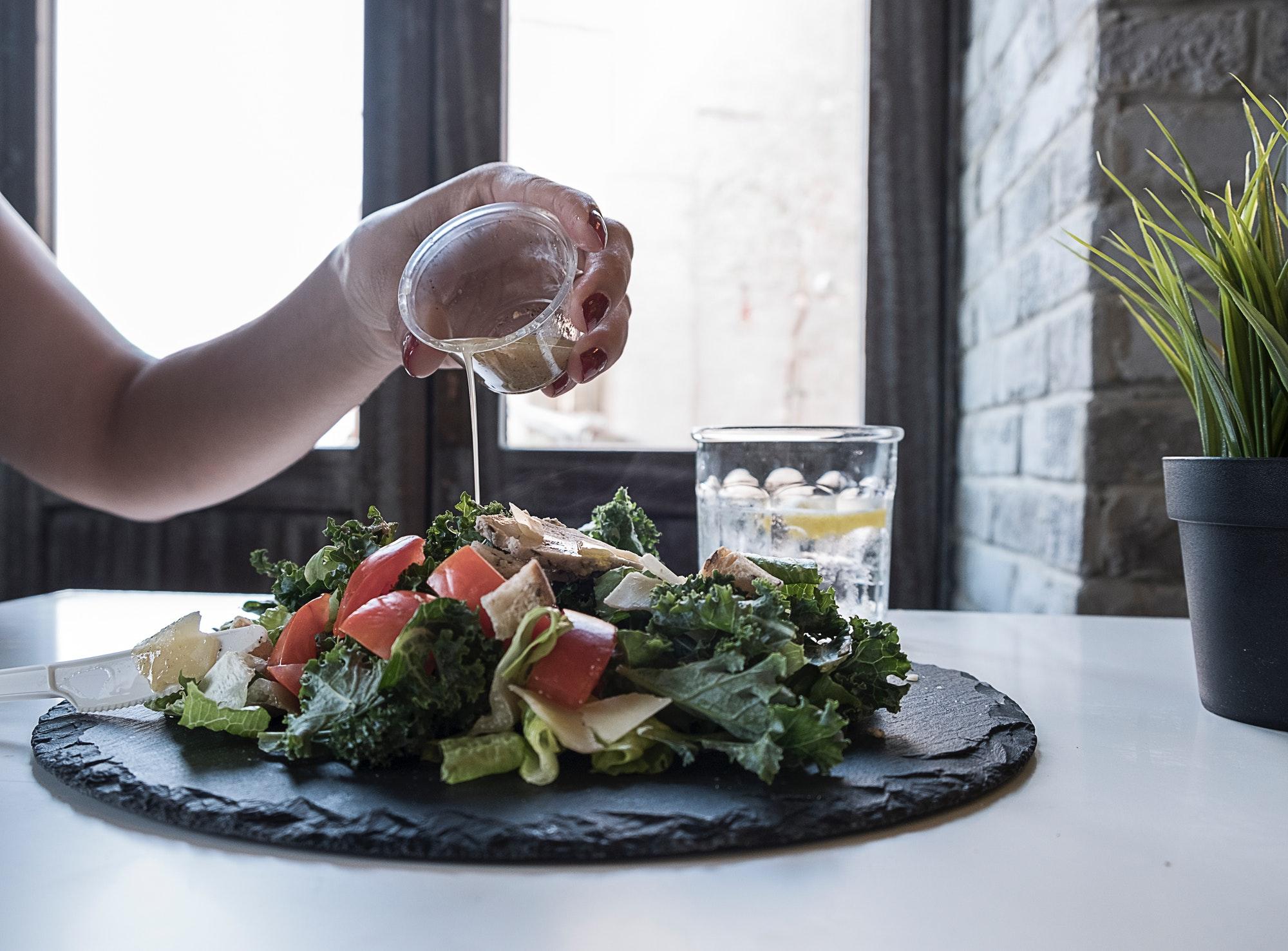 ダイエットに効果的な「MCTオイル」とは?メリット・注意点まとめ